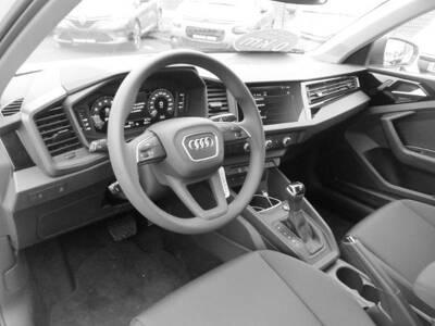 Voir la photo n°4 de la voiture 0KM AUDI A1 SPORTBACK — 30 TFSI 116 ch S tronic 7 Design