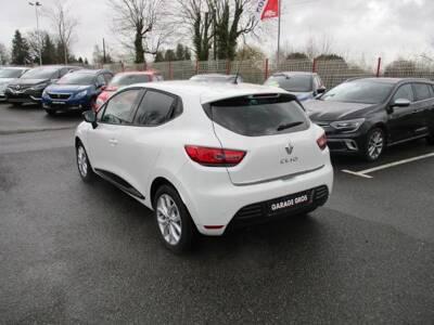 Voir la photo n°3 de la voiture 0KM RENAULT CLIO IV — TCe 75 E6C Limited