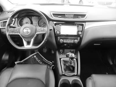 Voir la photo n°5 de la voiture d'occasion NISSAN QASHQAI — 1.2 DIG-T 115 Tekna