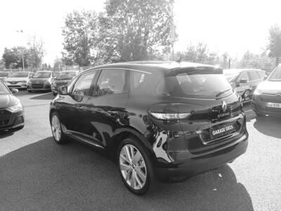 Voir la photo n°2 de la voiture 0KM RENAULT SCENIC IV — TCe 140 Energy Limited