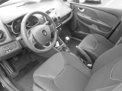 Voir la photo n°4 de la voiture 0KM RENAULT CLIO IV — TCe 75 Generation