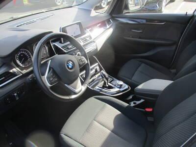 Voir la photo n°4 de la voiture d'occasion BMW SERIE 2 GRAN TOURER F46 LCI — Gran Tourer 218d 150 ch BVA8 Lounge