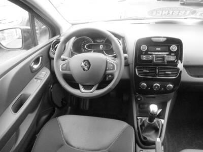 Voir la photo n°5 de la voiture 0KM RENAULT CLIO IV — TCe 75 Generation