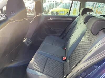Voir la photo n°5 de la voiture d'occasion VOLKSWAGEN GOLF SW — 1.6 TDI 115 FAP BVM5 IQ.Drive