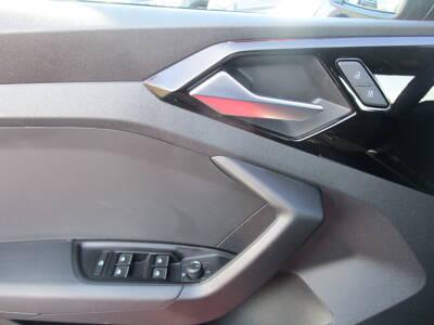 Voir la photo n°5 de la voiture d'occasion AUDI A1 SPORTBACK — 30 TFSI 116 ch BVM6 Design
