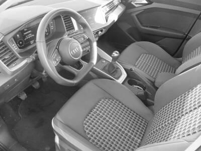Voir la photo n°5 de la voiture d'occasion AUDI A1 SPORTBACK — 25 TFSI 95 ch BVM5 S Line