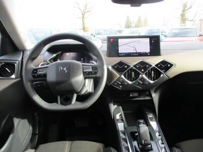 Voir la photo n°5 de la voiture 0KM DS DS3 CROSSBACK — PureTech 130 S&S EAT8 So Chic