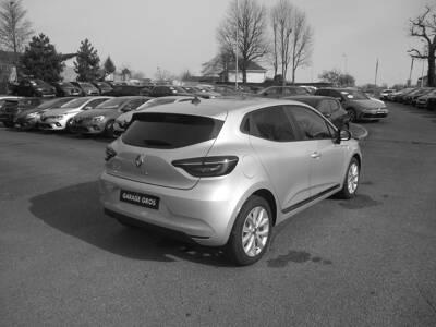 Voir la photo n°3 de la voiture 0KM RENAULT CLIO V — TCe 90 Zen