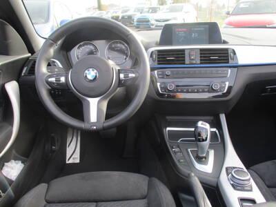 Voir la photo n°5 de la voiture d'occasion BMW SERIE 2 CABRIOLET F23 LCI2 — Cabriolet 218d 150 ch BVA8 M Sport