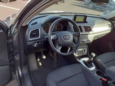 Voir la photo n°4 de la voiture d'occasion AUDI Q3 — 2.0 TDI 140 ch Ambiente