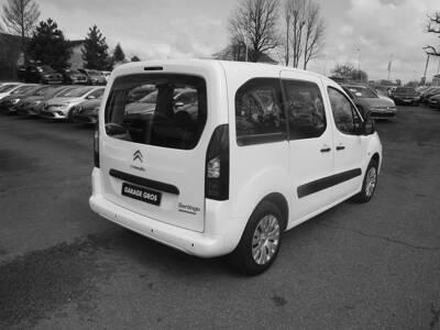 Voir la photo n°3 de la voiture d'occasion CITROEN BERLINGO MULTISPACE — BlueHDi 100 BVM5 Feel
