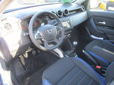 Voir la photo n°4 de la voiture 0KM DACIA DUSTER — Blue dCi 115 4x2 E6U 15 ans