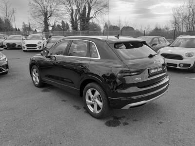 Voir la photo n°2 de la voiture d'occasion AUDI Q3 — 35 TDI 150 ch S tronic 7 Design Luxe