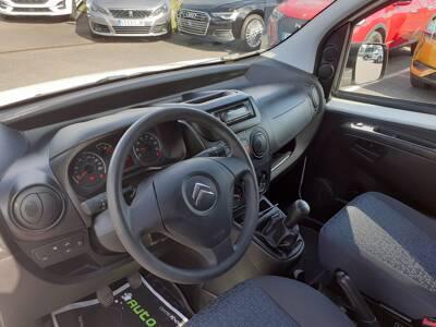 Voir la photo n°4 de la voiture d'occasion CITROEN NEMO — HDI 80 ECO