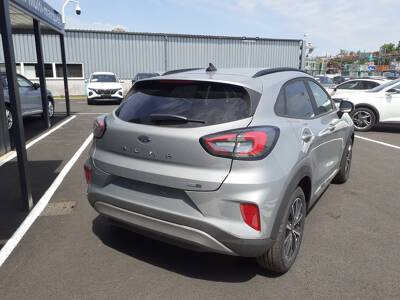 Voir la photo n°3 de la voiture 0KM FORD PUMA — 1.0 EcoBoost 125 ch mHEV S&S BVM6 Titanium