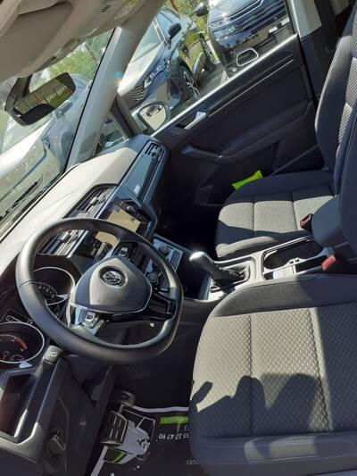 Voir la photo n°4 de la voiture d'occasion VOLKSWAGEN TOURAN — 2.0 TDI 150 DSG7 7pl United