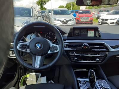 Voir la photo n°5 de la voiture d'occasion BMW SERIE 5 G30 — 520d 190 ch BVA8 Sport