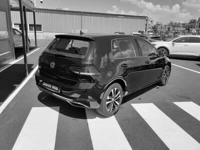 Voir la photo n°3 de la voiture d'occasion VOLKSWAGEN GOLF — 1.6 TDI 115 FAP BVM5 IQ.DRIVE