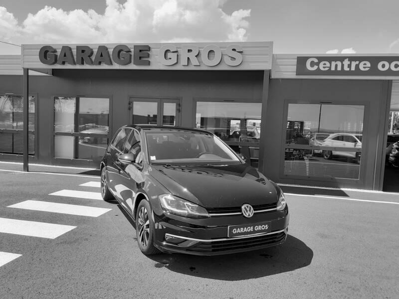 Voir la photo n°1 de la voiture d'occasion VOLKSWAGEN GOLF — 1.6 TDI 115 FAP BVM5 IQ.DRIVE