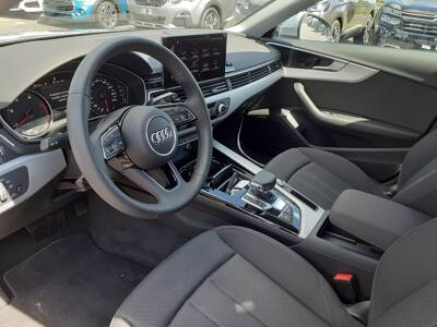 Voir la photo n°4 de la voiture d'occasion AUDI A4 AVANT — 30 TDI 136 S tronic 7 Design