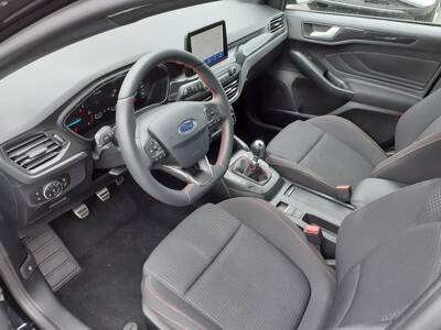 Voir la photo n°4 de la voiture d'occasion FORD FOCUS — 1.5 EcoBlue 120 S&S ST Line X