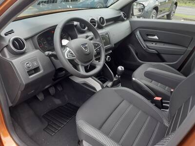 Voir la photo n°4 de la voiture 0KM DACIA DUSTER — Blue dCi 115 4x4 Prestige