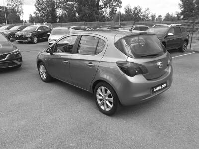 Voir la photo n°2 de la voiture d'occasion OPEL CORSA — 1.4 90 ch Edition