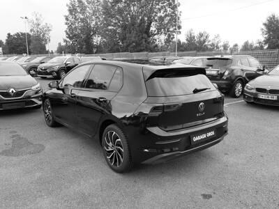 Voir la photo n°2 de la voiture d'occasion VOLKSWAGEN GOLF — 2.0 TDI SCR 115 BVM6 Life 1st