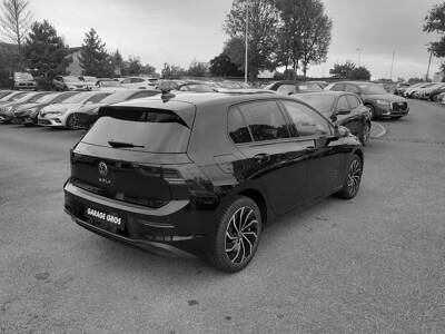 Voir la photo n°3 de la voiture d'occasion VOLKSWAGEN GOLF — 2.0 TDI SCR 115 BVM6 Life 1st