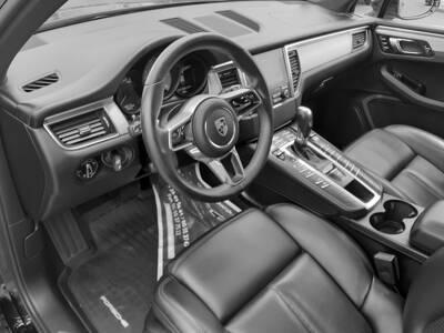 Voir la photo n°4 de la voiture d'occasion PORSCHE MACAN — Diesel 3.0 V6 258 ch S PDK