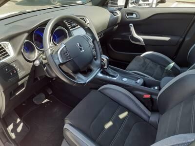 Voir la photo n°4 de la voiture d'occasion DS DS4 — BlueHDi 180 S&S EAT6 Connected Chic