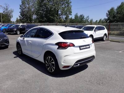 Voir la photo n°2 de la voiture d'occasion DS DS4 — BlueHDi 180 S&S EAT6 Connected Chic