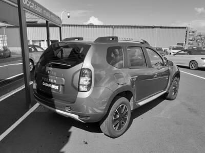 Voir la photo n°3 de la voiture d'occasion DACIA DUSTER — dCi 110 4x2 Black Touch