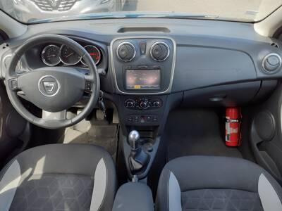 Voir la photo n°5 de la voiture d'occasion DACIA SANDERO — 1.5 dCi 90 E6 Stepway Prestige