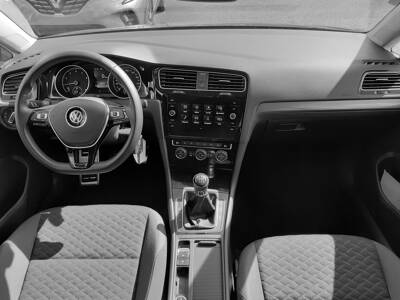 Voir la photo n°5 de la voiture d'occasion VOLKSWAGEN GOLF — 1.0 TSI 115 BVM6 IQ.DRIVE