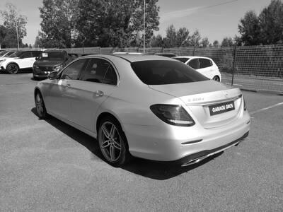 Voir la photo n°2 de la voiture d'occasion MERCEDES CLASSE E — 220 d 9G-Tronic Sportline