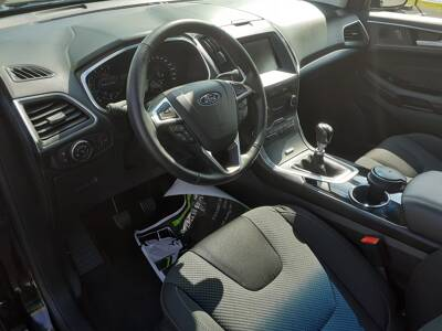 Voir la photo n°4 de la voiture d'occasion FORD EDGE — 2.0 TDCi 180 BVM6 Intelligent AWD Titanium