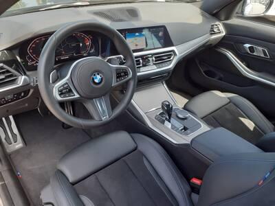 Voir la photo n°4 de la voiture d'occasion BMW SERIE 3 TOURING G21 — Touring 320d xDrive 190 ch BVA8 M Sport