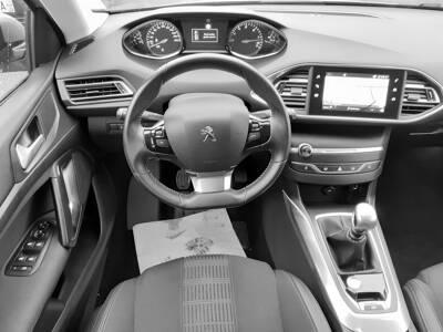 Voir la photo n°5 de la voiture d'occasion PEUGEOT 308 BUSINESS — BlueHDi 130ch S&S BVM6 Allure Business