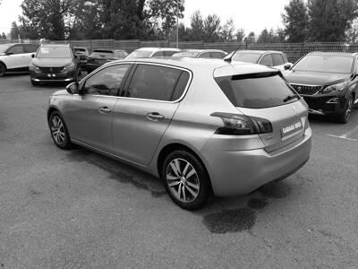 Voir la photo n°2 de la voiture d'occasion PEUGEOT 308 BUSINESS — BlueHDi 130ch S&S BVM6 Allure Business