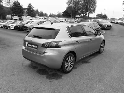 Voir la photo n°3 de la voiture d'occasion PEUGEOT 308 BUSINESS — BlueHDi 130ch S&S BVM6 Allure Business