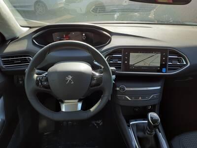 Voir la photo n°5 de la voiture 0KM PEUGEOT 308 SW — BlueHDi 130ch S&S BVM6 Active Pack