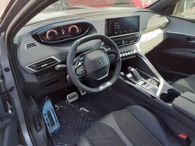 Voir la photo n°5 de la voiture 0KM PEUGEOT 3008 — BlueHDi 130ch S&S EAT8 GT