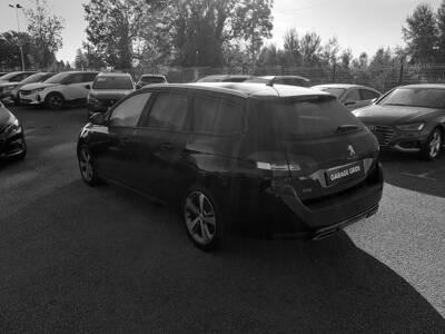 Voir la photo n°2 de la voiture d'occasion PEUGEOT 308 SW — 1.6 BlueHDi 120ch S&S BVM6 Style