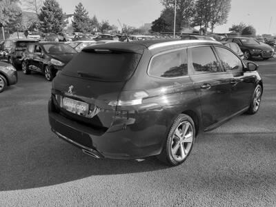 Voir la photo n°3 de la voiture d'occasion PEUGEOT 308 SW — 1.6 BlueHDi 120ch S&S BVM6 Style