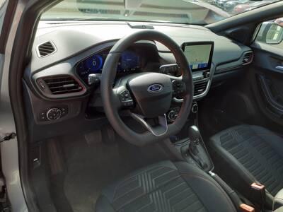 Voir la photo n°4 de la voiture 0KM FORD PUMA — 1.0 EcoBoost 155 ch mHEV S&S DCT7 ST-Line X