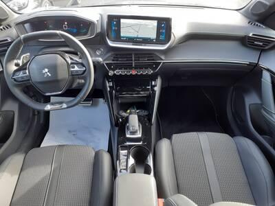 Voir la photo n°5 de la voiture 0KM PEUGEOT 208 — PureTech 100 S&S EAT8 GT