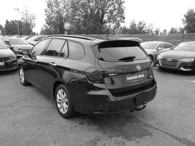 Voir la photo n°2 de la voiture d'occasion FIAT TIPO STATION WAGON — 1.6 MultiJet 120 ch Start/Stop Easy