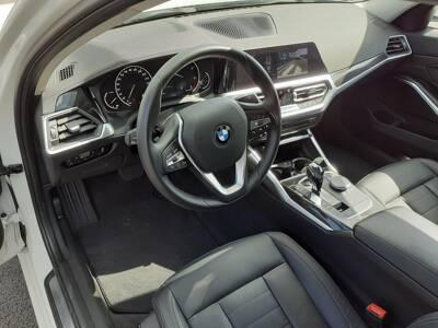 Voir la photo n°5 de la voiture d'occasion BMW SERIE 3 G20 — 318d 150 ch BVA8 Luxury