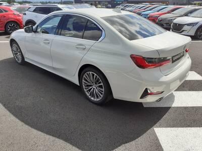 Voir la photo n°2 de la voiture d'occasion BMW SERIE 3 G20 — 318d 150 ch BVA8 Luxury